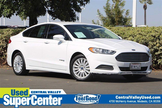 Pre-Owned 2015 Ford Fusion SE Hybrid