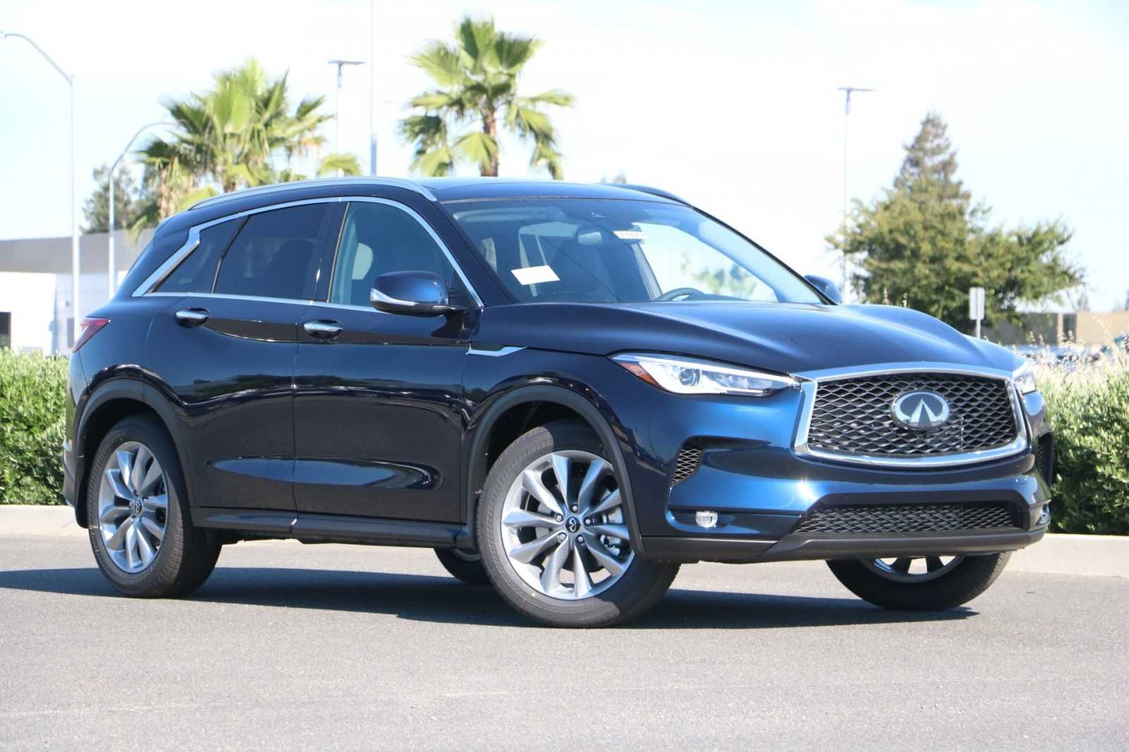 <center>NEW<br>2019 INFINITI QX50<br>LUXE AWD</center>
