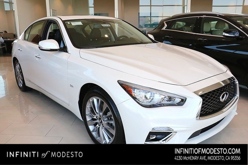 <center>NEW<br>2019 INFINITI Q50<br>3.0t LUXE</center>