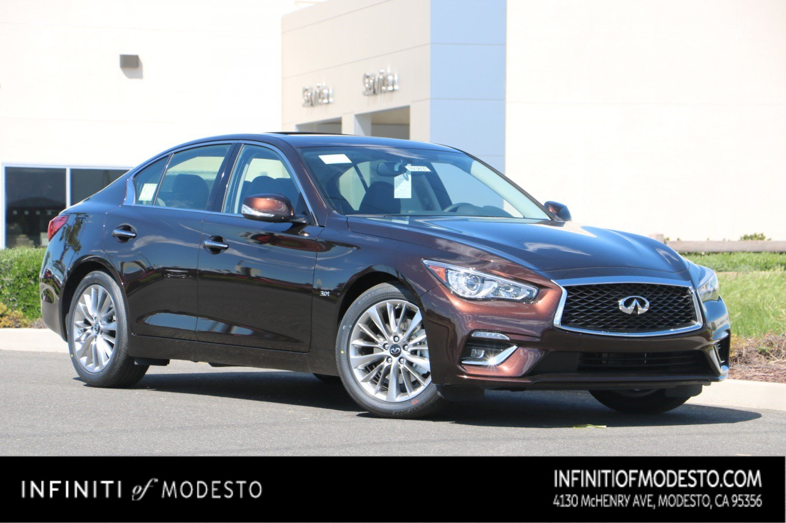 <center>NEW<br>2019 INFINITI Q50<br>3.0t LUXE <br> WITH NAVIGATION</center>