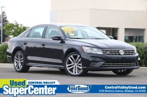 Pre-Owned 2017 Volkswagen Passat R-Line with Comfort Pkg
